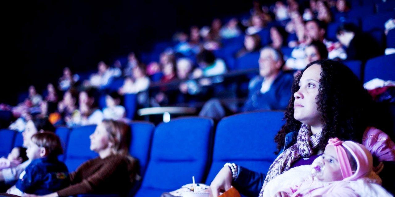 Sessão CineMaterna do Shopping Tijuca exibe o sucesso Liga da Justiça