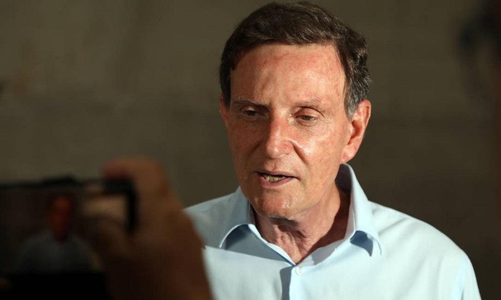 Crivella decide proibir a entrada de idosos em agências bancárias do Rio